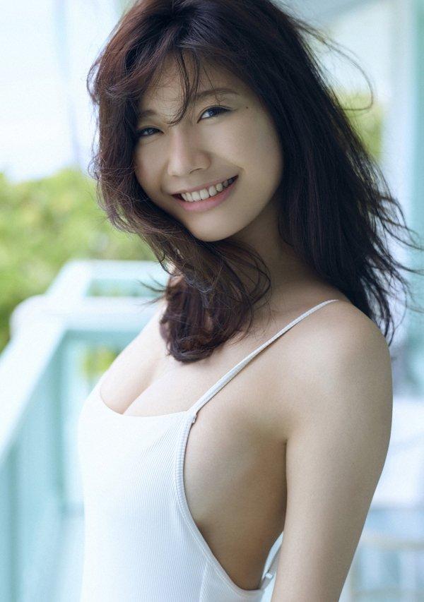 可愛い顔でエロボディの、小倉優香 (6)