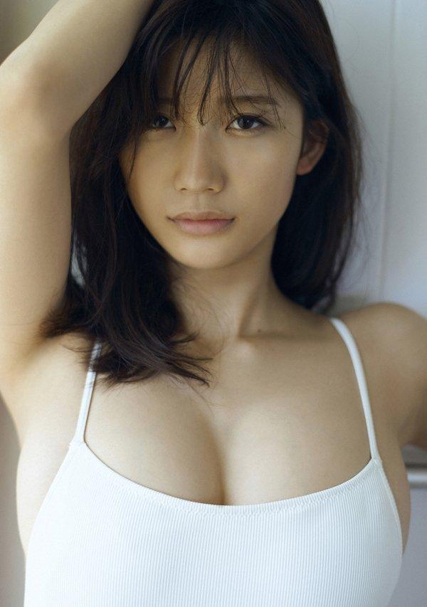 可愛い顔でエロボディの、小倉優香 (5)