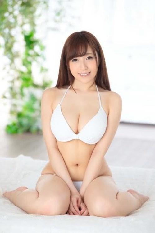 デカい巨乳を揺らしてSEX、逢沢まりあ (2)
