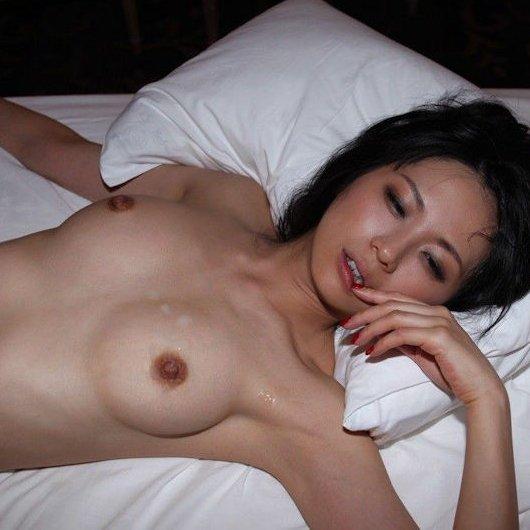 全裸のままで…セックス事後ヌード画像w ほか