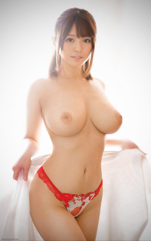 綺麗な女の子の綺麗な巨乳 (11)