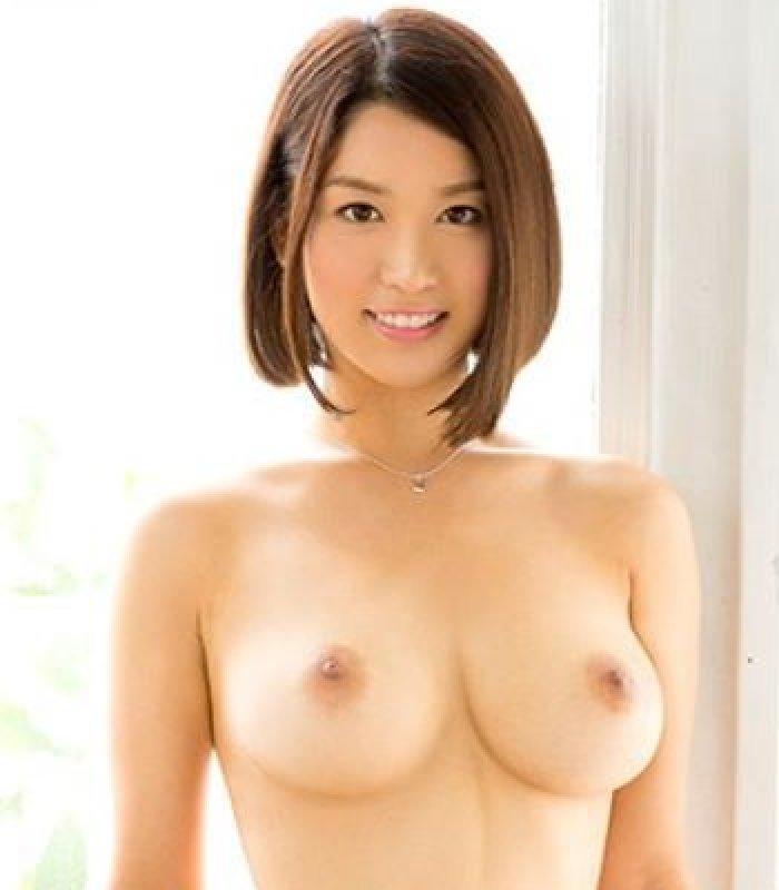 清潔感のある美女が淫乱なSEX、濱松愛季 (1)