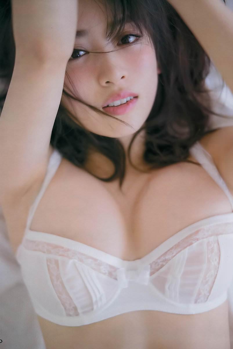 可愛い芸能人のセクシーな下着姿 (7)