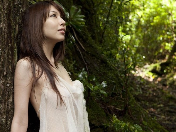 ナイスバディで美乳の美女、小林恵美 (4)