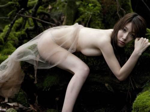 ナイスバディで美乳の美女、小林恵美 (7)