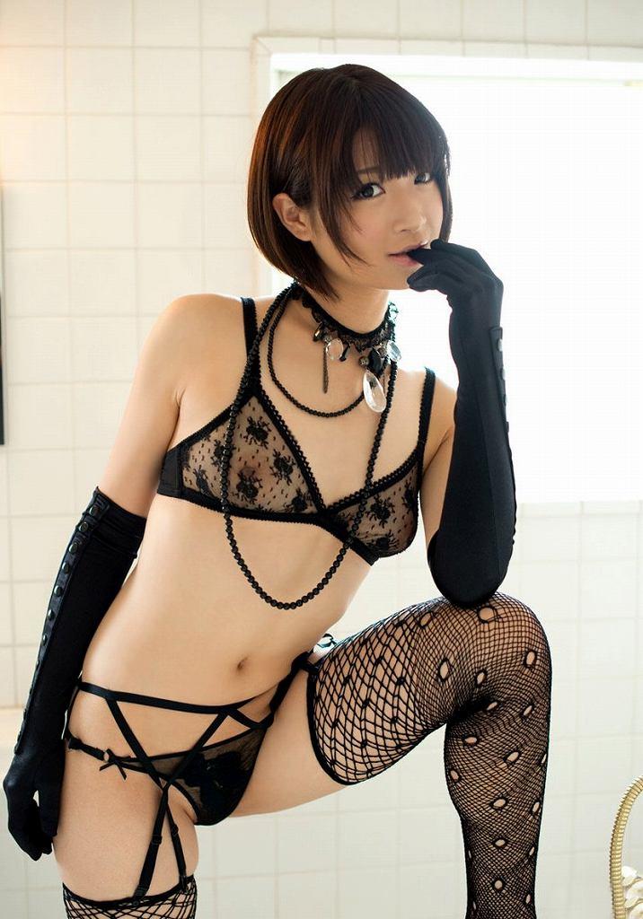 下着を着てるのに透けまくりで全裸状態 (15)