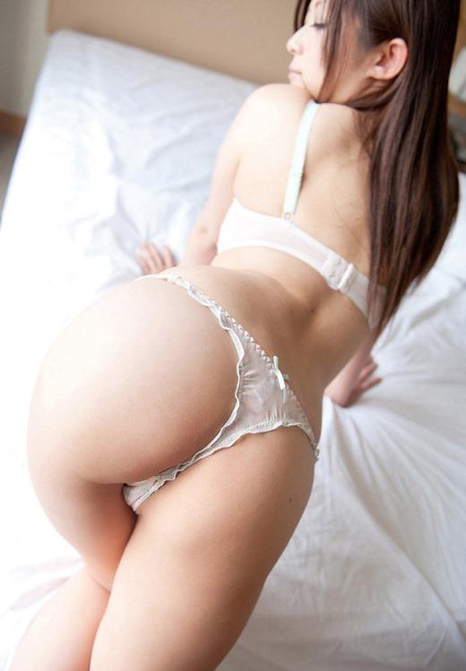 スベスベのヒップが魅力的な女の子 (4)