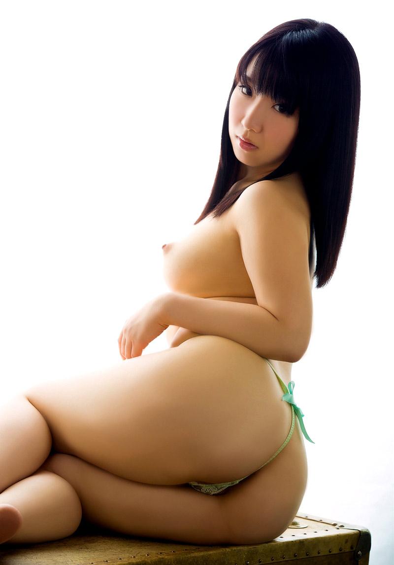 黒い髪の可愛い女の子 (6)