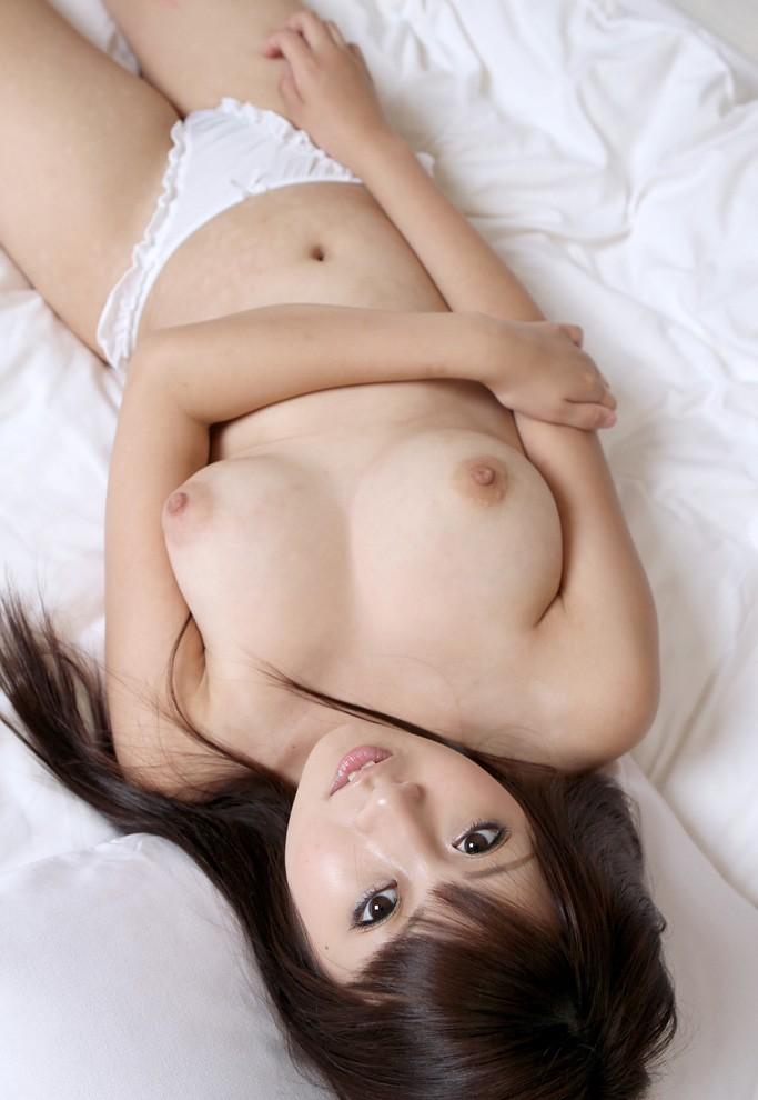 黒い髪の可愛い女の子 (8)