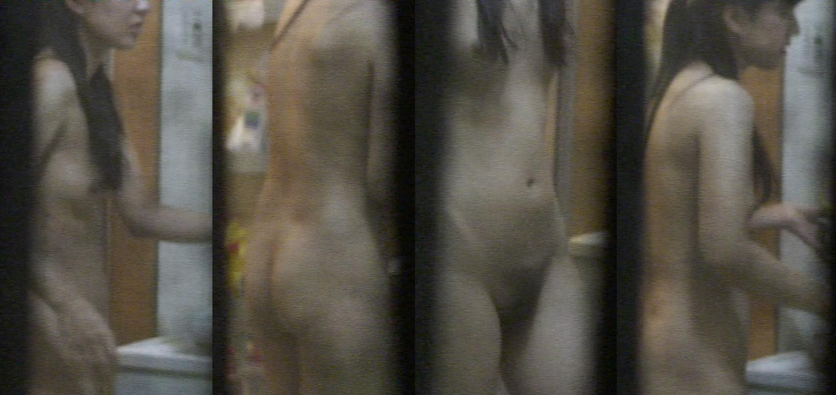 風呂に入っている素人さんが丸見え (11)