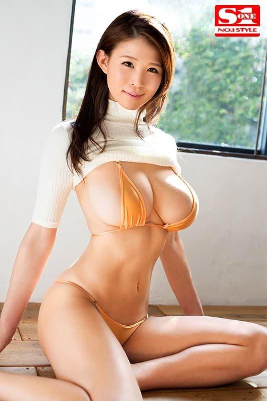 巨乳を揺らして淫乱SEX、凛音とうか (2)