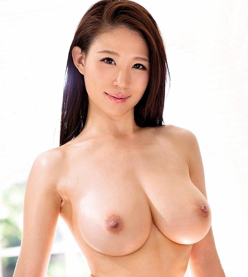 巨乳を揺らして淫乱SEX、凛音とうか (1)