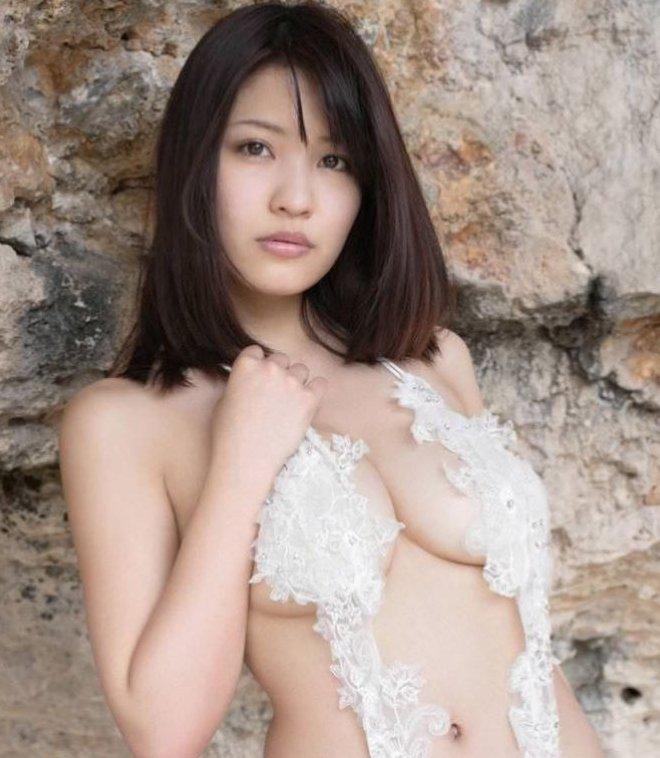 セクシーな下着姿が抜ける女の子 (1)