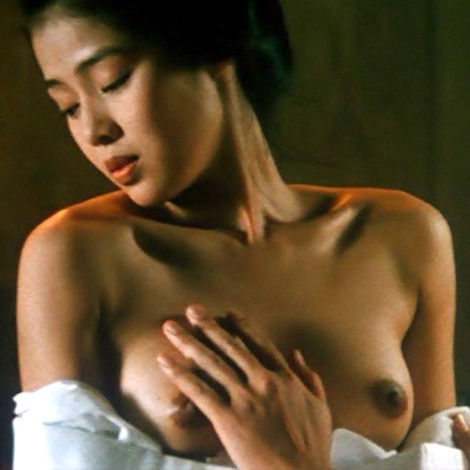 有名女優が時代劇で乳首を晒してるヌードシーンwww ほか