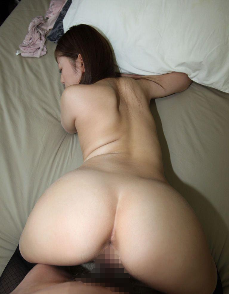ラブホで夢中でセックスしてる素人の男女 (8)
