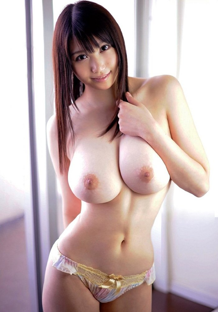 誰もが好きな美しくセクシーな巨乳 (4)