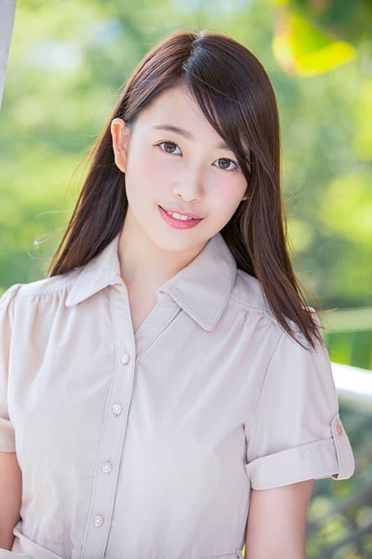 献身的な女の子が決意のSEX、三田杏 (2)