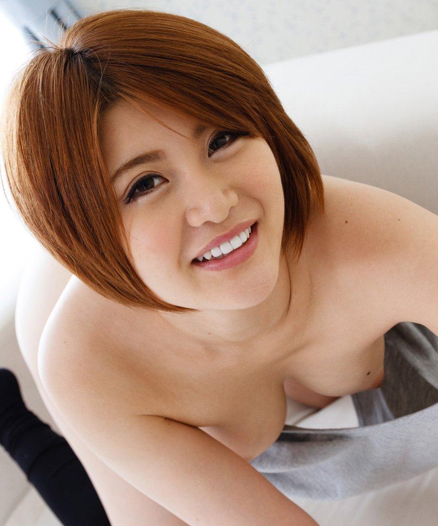 アイドルからAV女優になってSEXを堪能する、推川ゆうり (1)