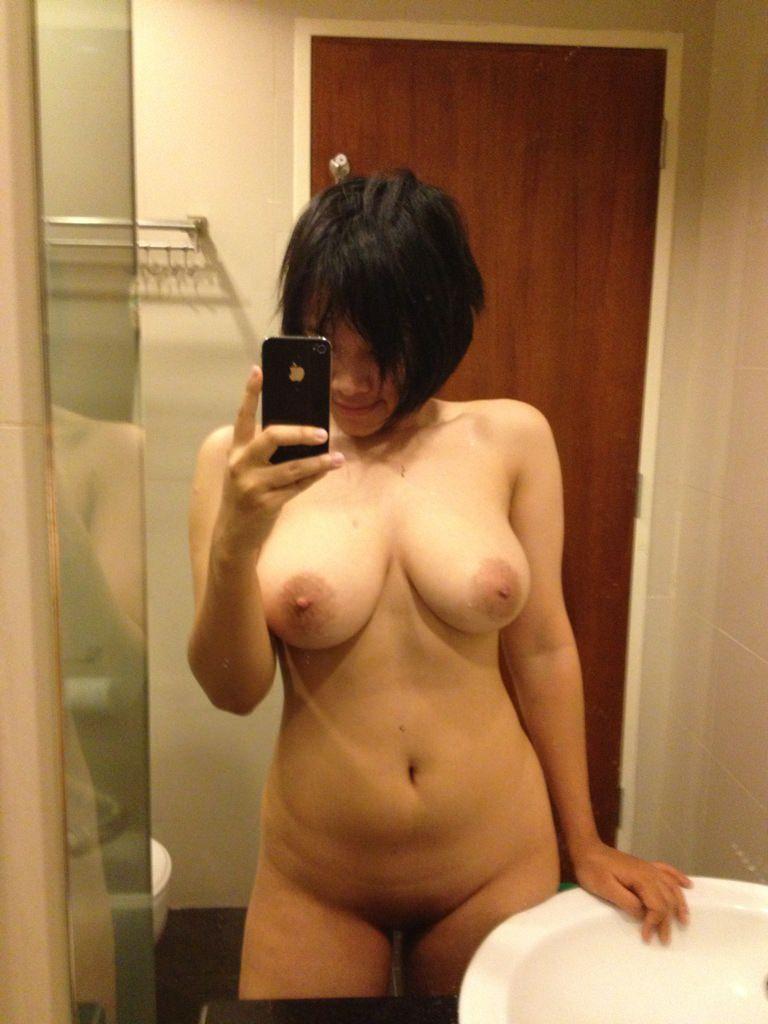 ぽっちゃり女子のセクシーボディ (6)