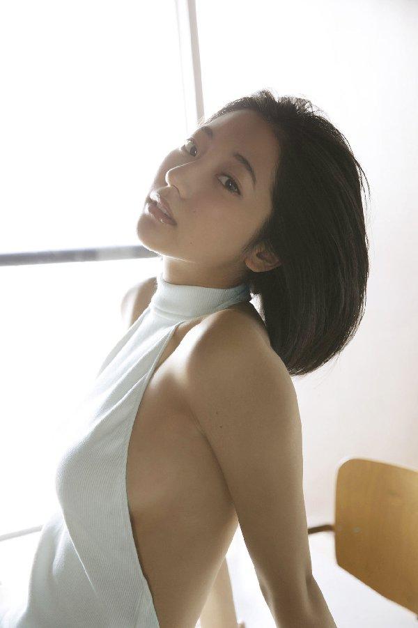 モデルも女優もする美少女、武田玲奈 (9)