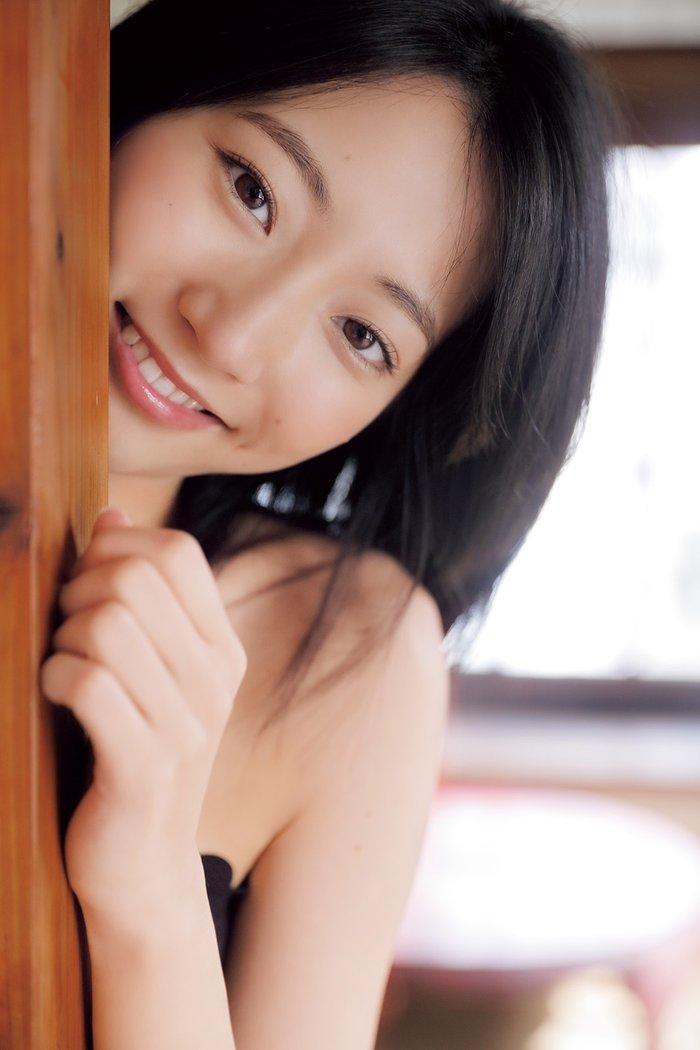 モデルも女優もする美少女、武田玲奈 (2)