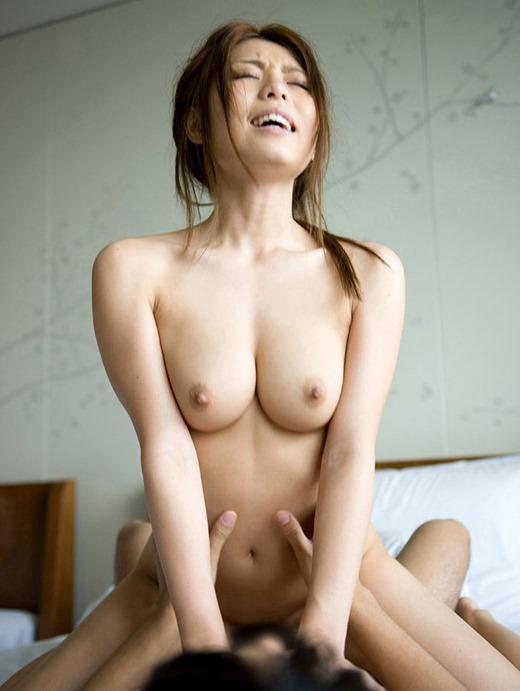 SEXして絶頂してる女の子の顔 (4)