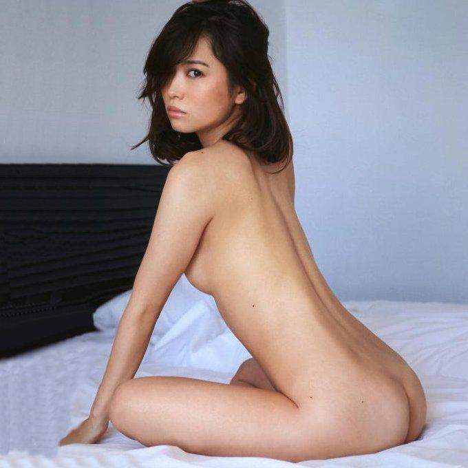美しい芸能人のセクシーな美尻 (1)