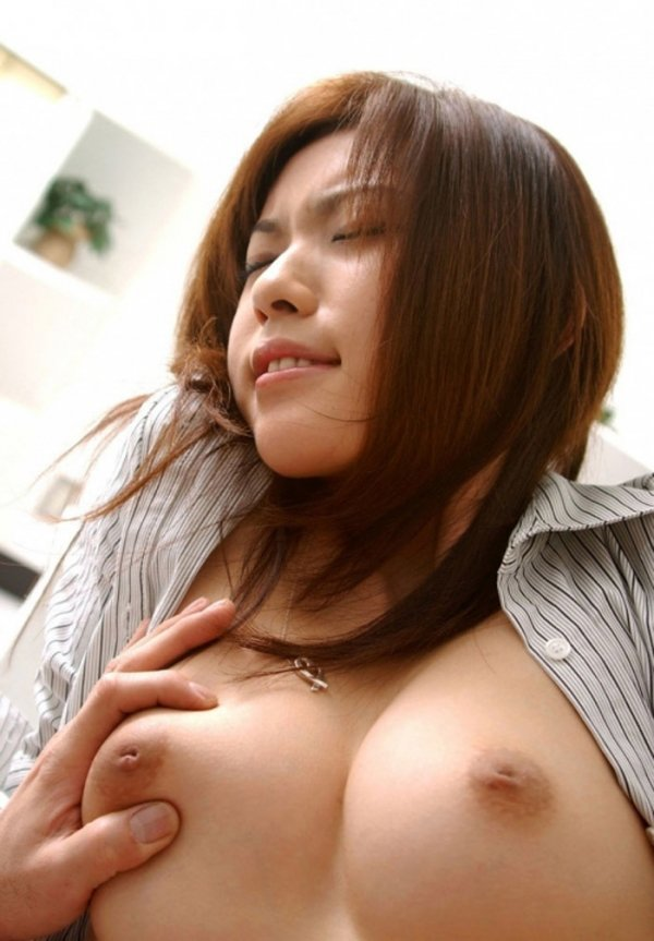 乳首が陥没してる乳房 (9)
