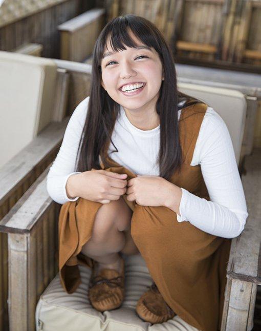 キュートな笑顔でハードなSEXを堪能する、河合向日葵 (3)