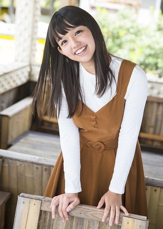 キュートな笑顔でハードなSEXを堪能する、河合向日葵 (2)