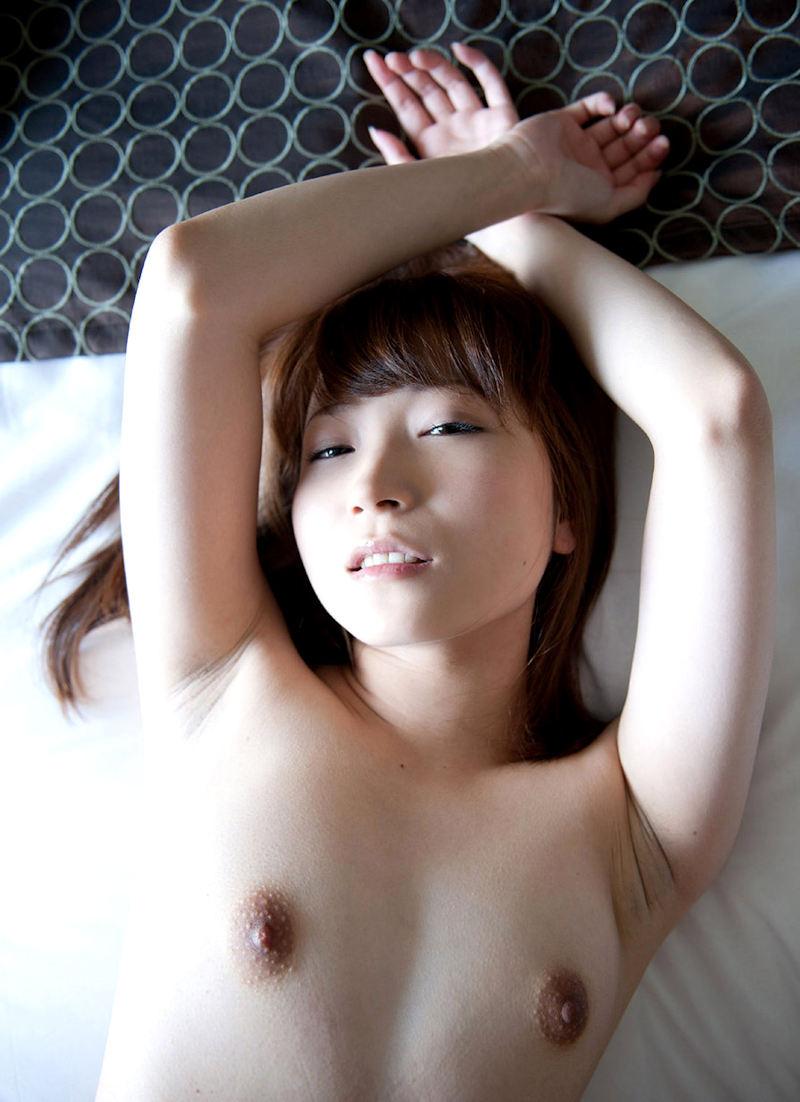 おっぱいが小さくて愛らしい女の子 (7)