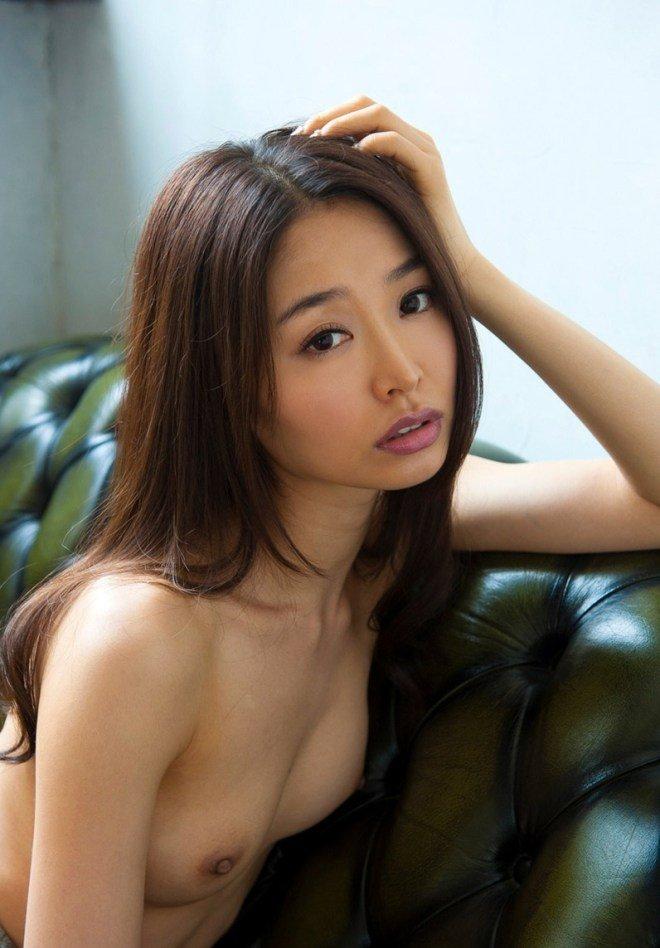 細身の熟女が濃厚SEX、夏目彩春 (8)