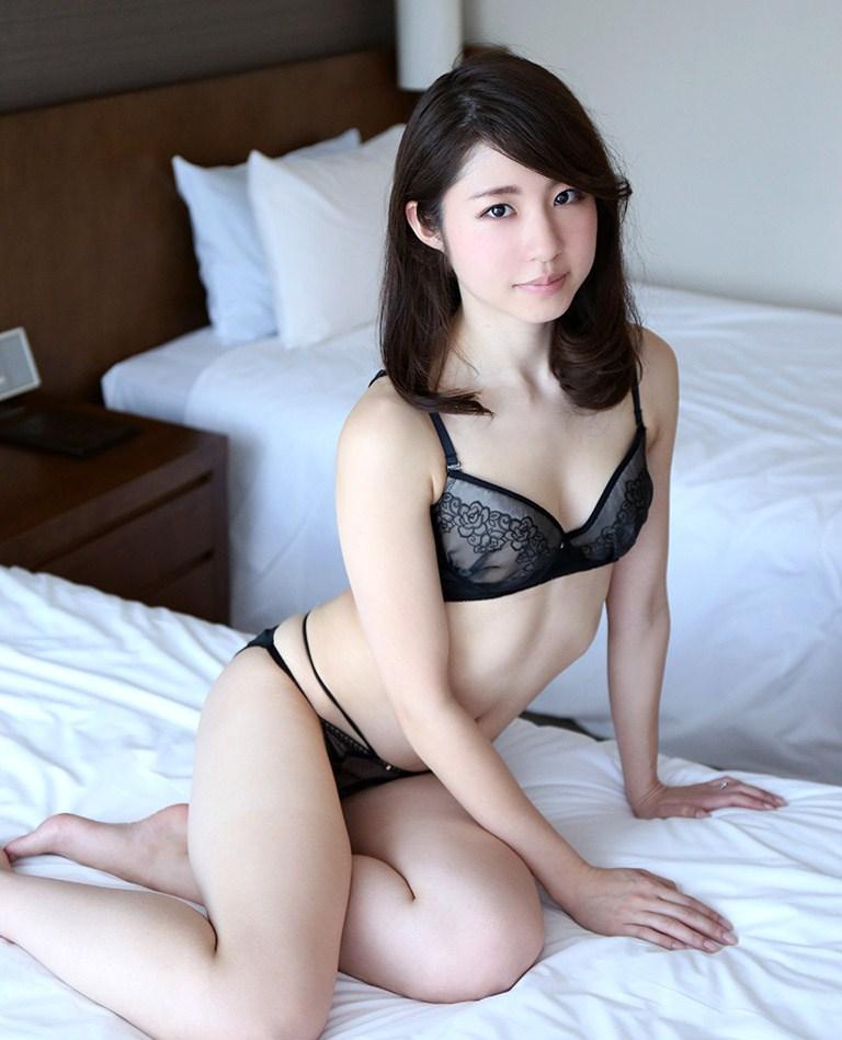 可愛いのに淫乱なSEXをする、沖田里緒 (4)