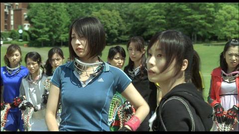 TV番組でアイドルや女優がチラ見せ (11)