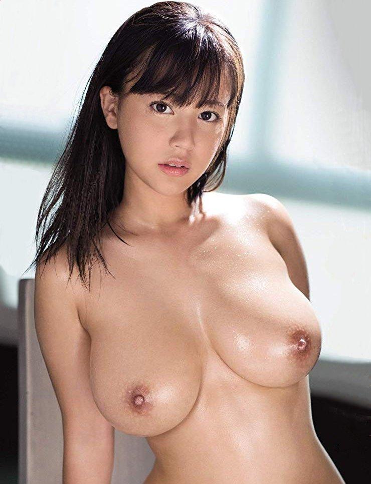 【夕美しおん】ミニマムボディ&Iカップ巨乳な美少女の痙攣絶頂セックス