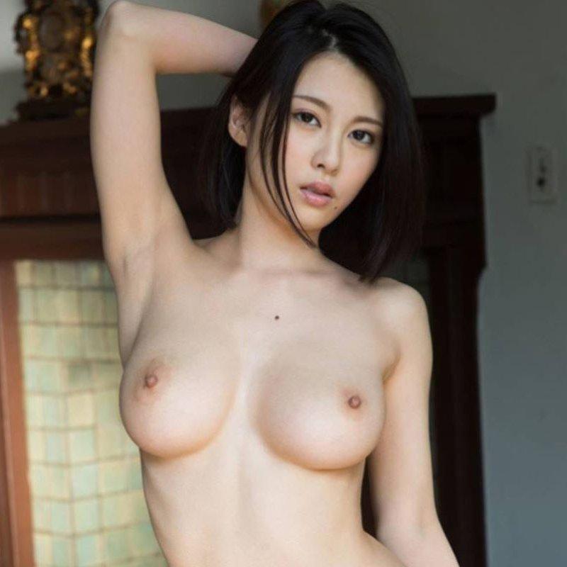 フルヌード画像!!スタイル抜群な全裸女性の120枚w ほか