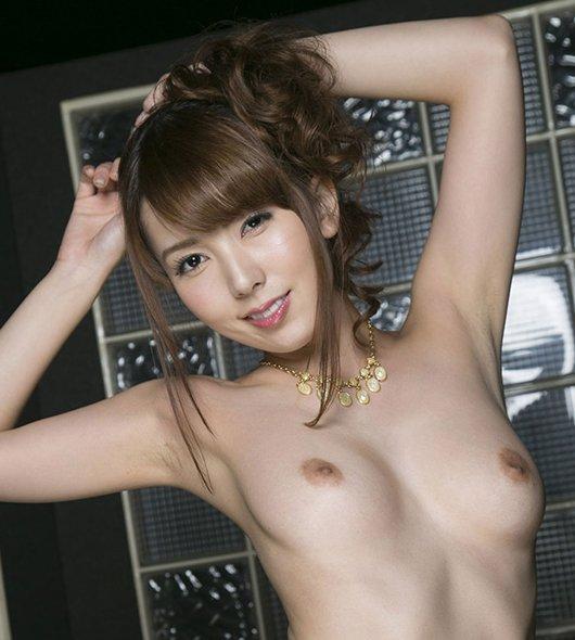 【波多野結衣】巨乳&巨尻の淫乱お姉さんが超絶テクで濃厚セックス