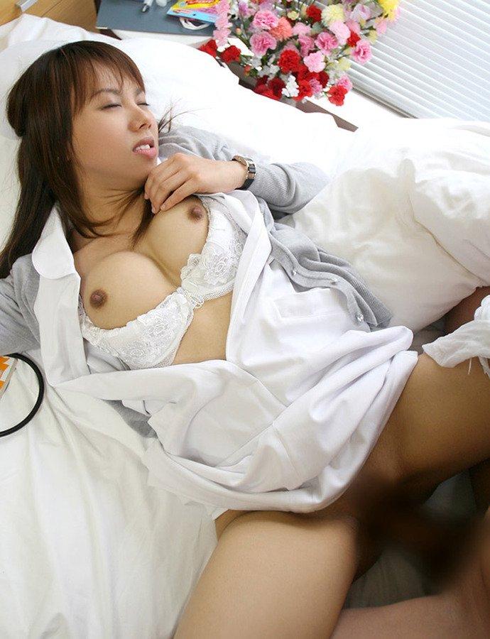 看護婦さんとSEXしたくなる画像 (13)