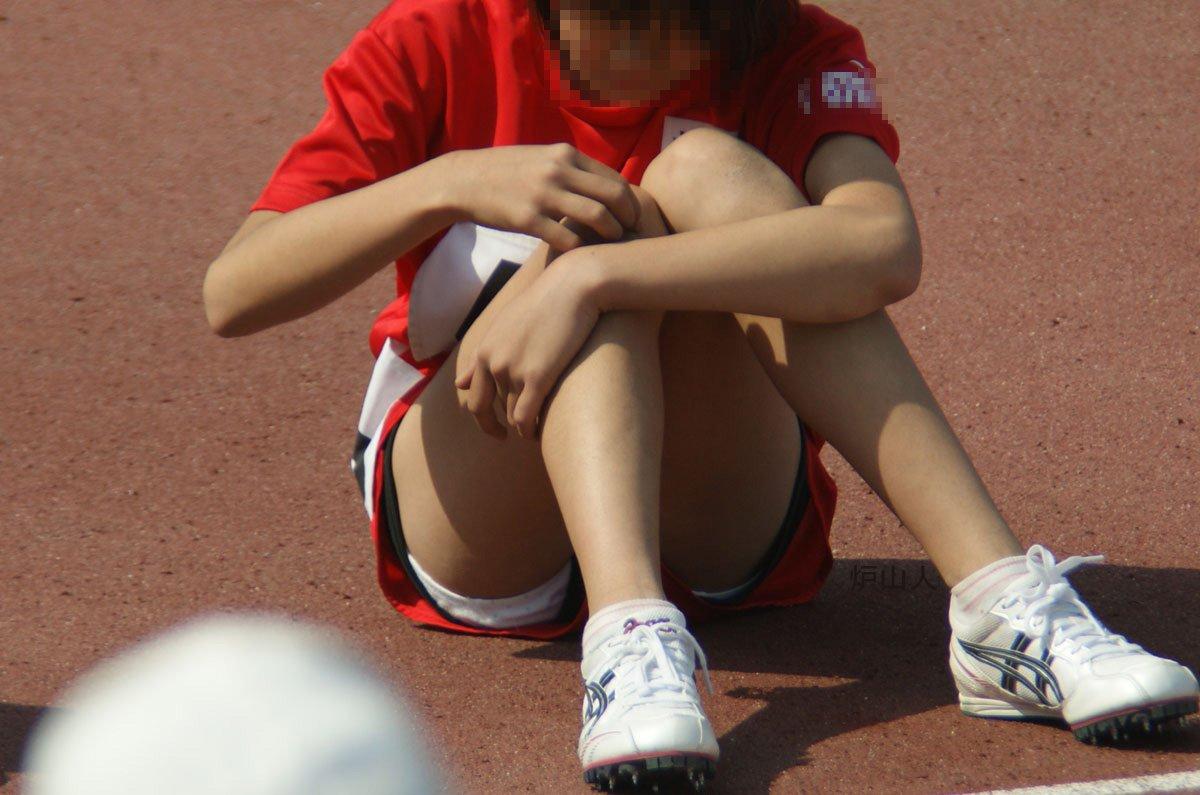 ハミ尻やパンチラしてる女子選手たち (13)