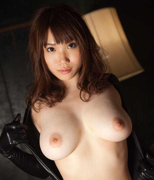 美巨乳が素晴らしいナイスバディ美女 (1)