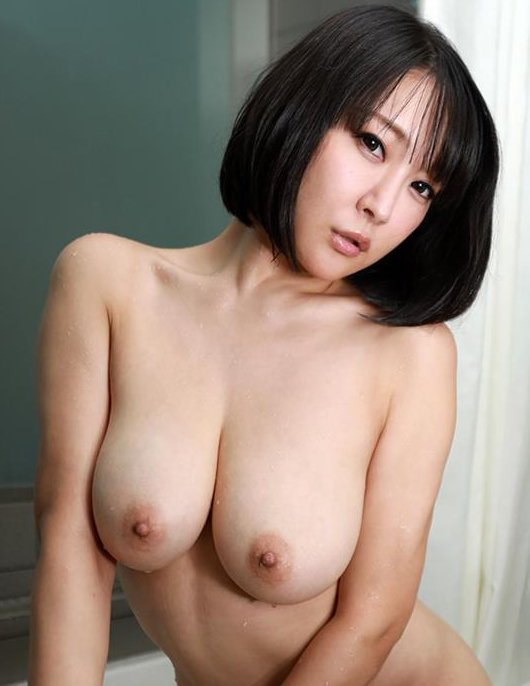 ムチムチ巨乳を揺らして濃厚SEX、羽生ありさ (1)