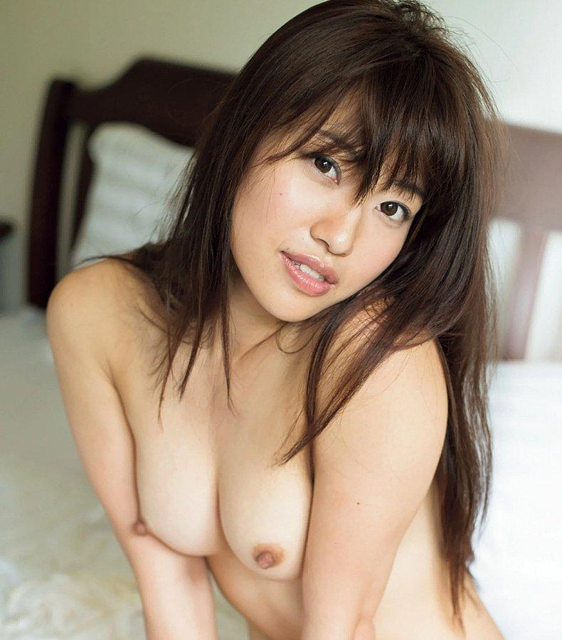 超絶人気のスレンダー美女が濃厚SEX、市川まさみ (1)