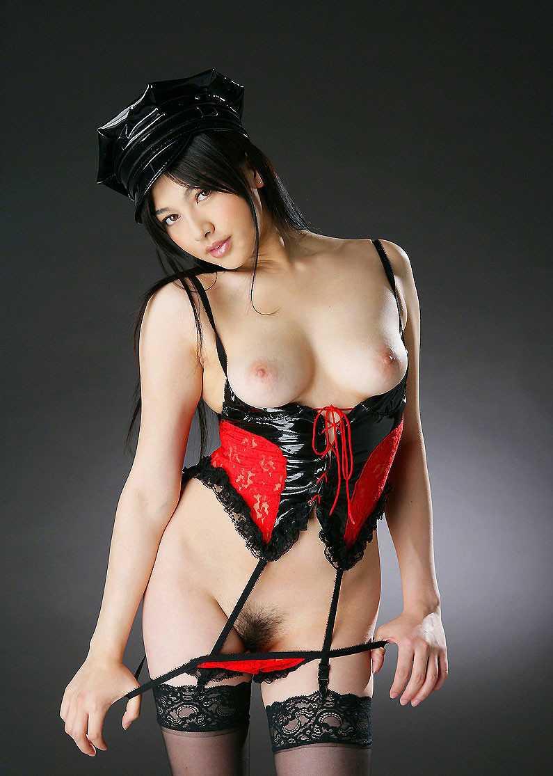 ボンデージ衣装がセクシーなナイスバディ美女 (2)