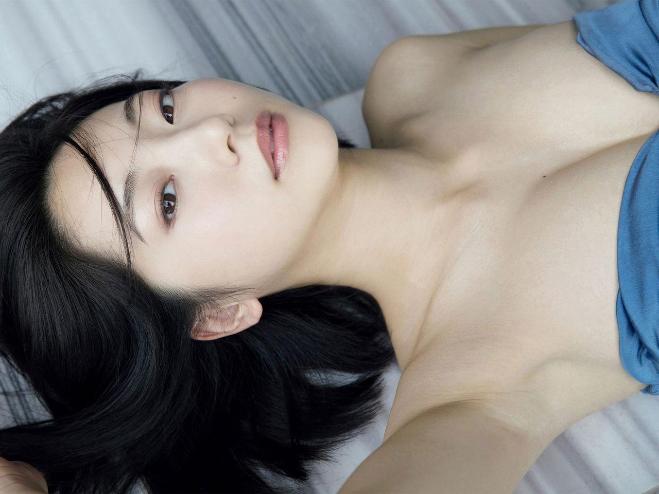 華奢なボディで猫っぽい顔の可愛い女優、武田玲奈 (4)