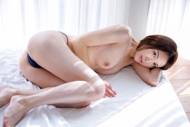 変態奥様の濃厚なSEX、上原千佳 (4)