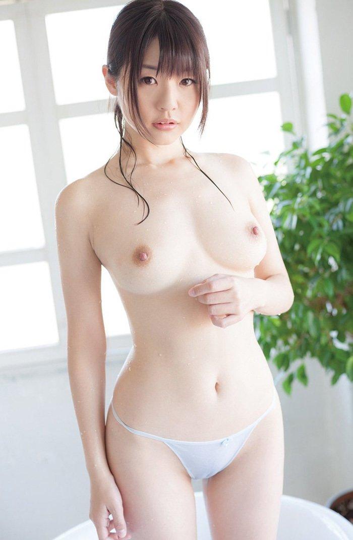 顔も体も綺麗で可愛い裸の美少女 (19)