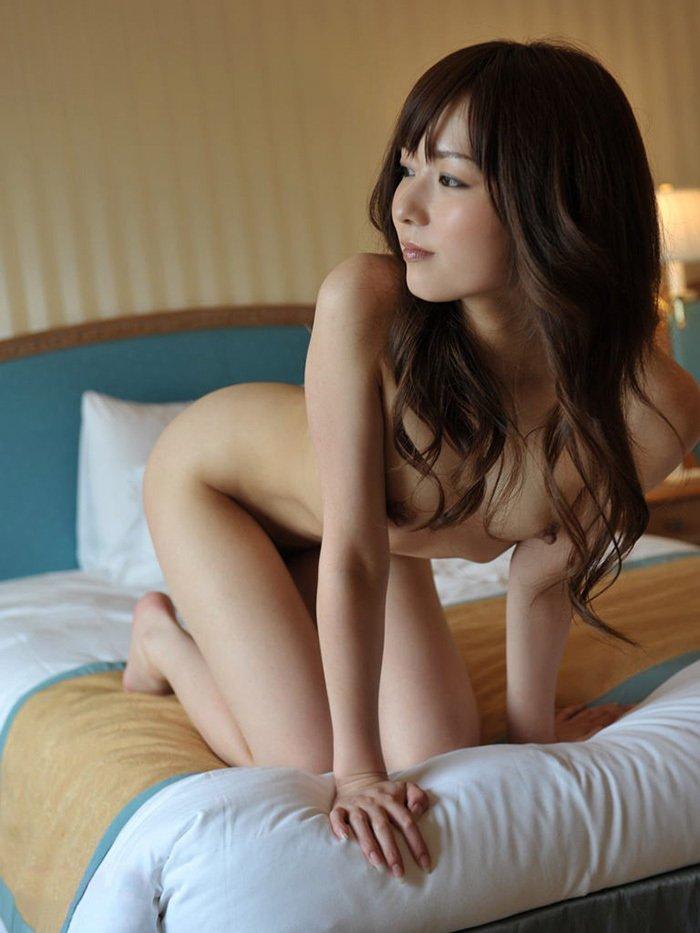 顔も体も綺麗で可愛い裸の美少女 (16)
