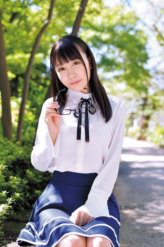 可愛いアイドルの潮吹きSEX、富田優衣 (2)