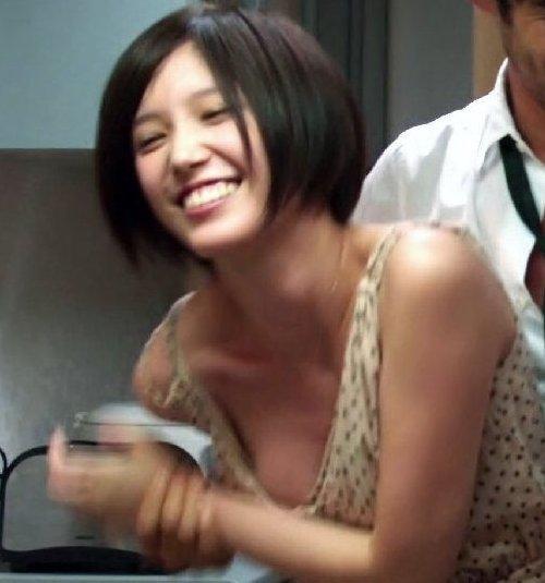 女優やアイドルのオッパイが見えた瞬間 (1)