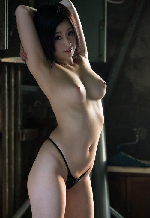照れながらも淫乱なSEX、松永さな (7)